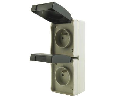 Dubbel stopcontact met aarding 16A waterdicht