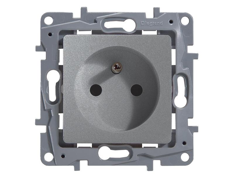 Legrand Stopcontact Niloé met penaarde aluminium