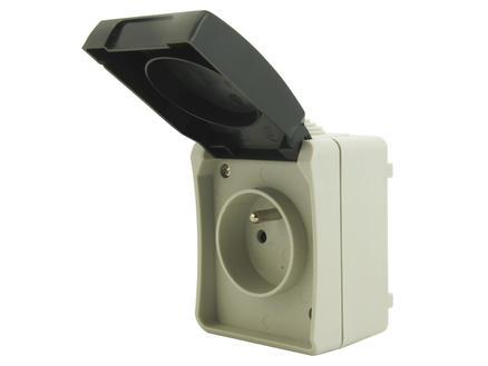 Stopcontact met aarding 16A waterdicht