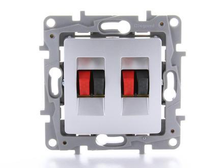 Legrand Stopontact Niloé luidspreker x2 aluminium