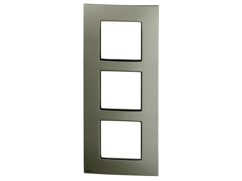 Niko drievoudige afdekplaat verticaal Intense bronze