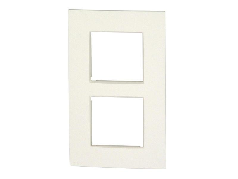 Niko plaque de recouvrement double vertical Intense white