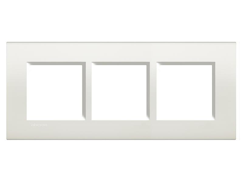 Bticino plaque triple LivingLight vertical blanc