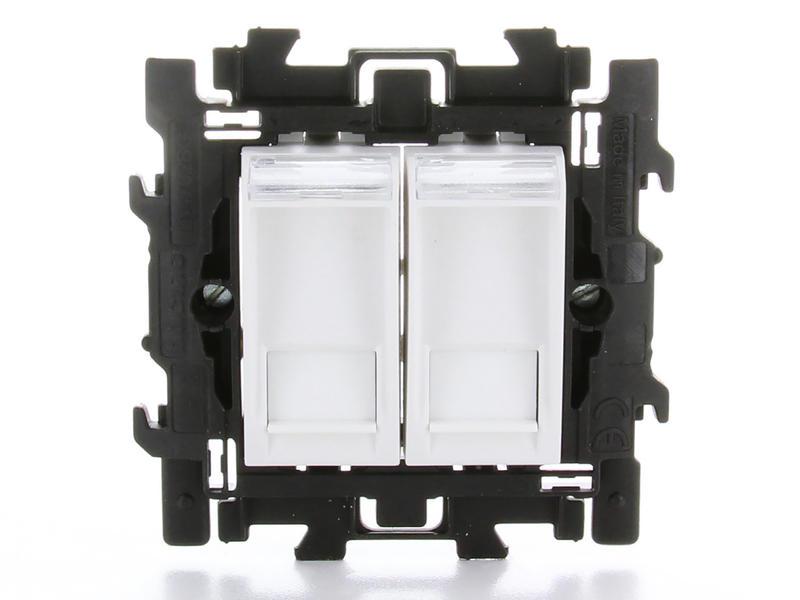 Bticino stopcontact dubbel RJ45 6 UTP met spanklauwen wit